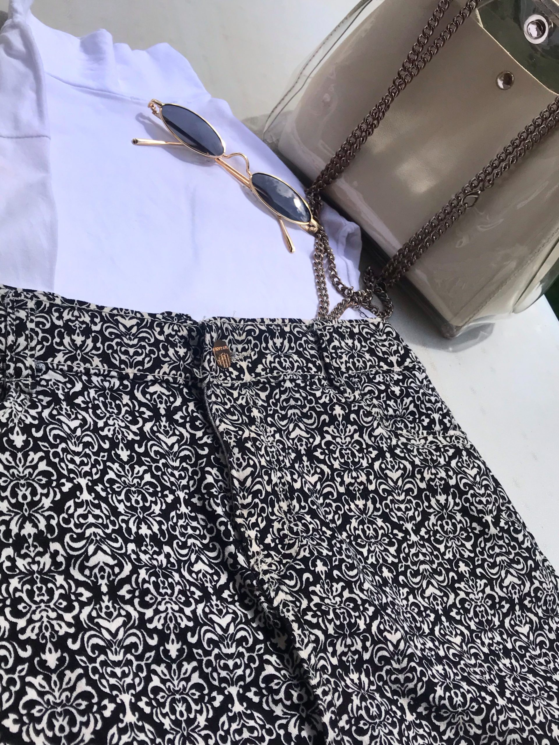 STYLING PATTERNED SKIRTS